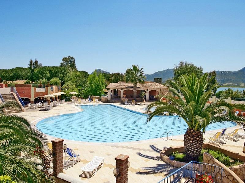 Villaggio Colostrai_piscina