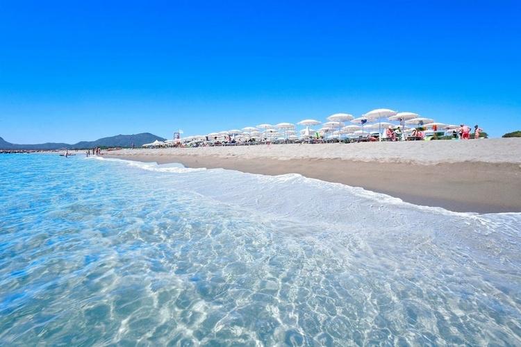 Villaggio Colostrai_spiaggia particolare