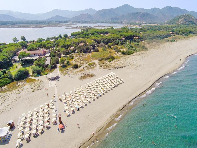 Villaggio Colostrai_spiaggia
